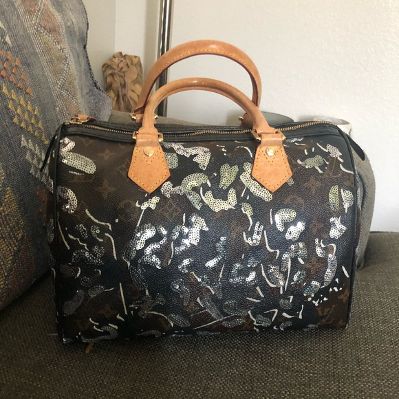 45a053a7a9d4 Louis Vuitton Handbags - Auth Louis Vuitton Fleur de Jais Sequin Speedy 30